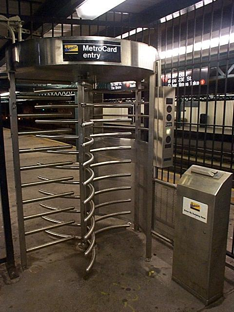 (63k, 480x640)<br><b>Country:</b> United States<br><b>City:</b> New York<br><b>System:</b> New York City Transit<br><b>Line:</b> IRT West Side Line<br><b>Location:</b> 225th Street <br><b>Photo by:</b> Richard Brome<br><b>Date:</b> 2000<br><b>Notes:</b> Metrocard iron maiden turnstile<br><b>Viewed (this week/total):</b> 4 / 26652