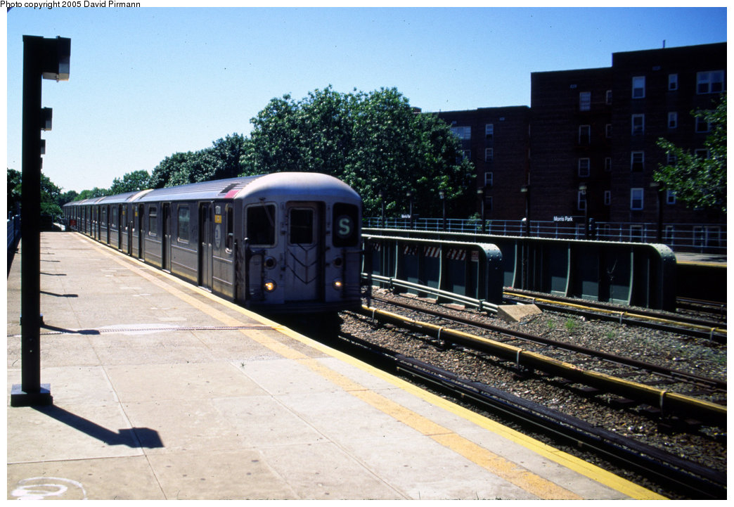 (208k, 1044x721)<br><b>Country:</b> United States<br><b>City:</b> New York<br><b>System:</b> New York City Transit<br><b>Line:</b> IRT Dyre Ave. Line<br><b>Location:</b> Morris Park <br><b>Route:</b> 5<br><b>Car:</b> R-62A (Bombardier, 1984-1987)  1701 <br><b>Photo by:</b> David Pirmann<br><b>Date:</b> 8/1/1998<br><b>Viewed (this week/total):</b> 0 / 7878