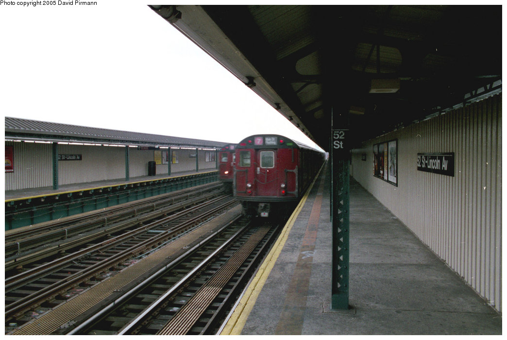 (169k, 1044x700)<br><b>Country:</b> United States<br><b>City:</b> New York<br><b>System:</b> New York City Transit<br><b>Line:</b> IRT Flushing Line<br><b>Location:</b> 52nd Street/Lincoln Avenue <br><b>Route:</b> 7<br><b>Photo by:</b> David Pirmann<br><b>Date:</b> 7/29/1998<br><b>Viewed (this week/total):</b> 7 / 1579