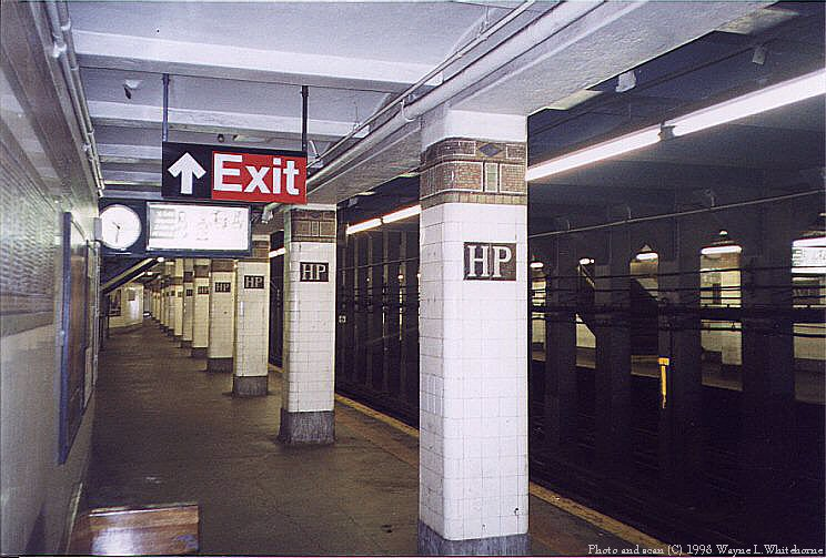 (89k, 744x503)<br><b>Country:</b> United States<br><b>City:</b> New York<br><b>System:</b> New York City Transit<br><b>Line:</b> IRT Flushing Line<br><b>Location:</b> Hunterspoint Avenue <br><b>Route:</b> 7<br><b>Photo by:</b> Wayne Whitehorne<br><b>Date:</b> 10/3/1998<br><b>Viewed (this week/total):</b> 2 / 3544
