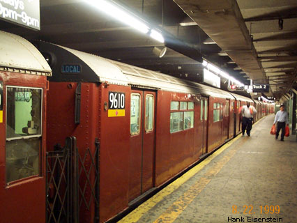 (45k, 426x320)<br><b>Country:</b> United States<br><b>City:</b> New York<br><b>System:</b> New York City Transit<br><b>Line:</b> IRT Flushing Line<br><b>Location:</b> Times Square <br><b>Route:</b> 7<br><b>Car:</b> R-36 World's Fair (St. Louis, 1963-64) 9610 <br><b>Photo by:</b> Hank Eisenstein<br><b>Date:</b> 8/22/1999<br><b>Viewed (this week/total):</b> 2 / 3508