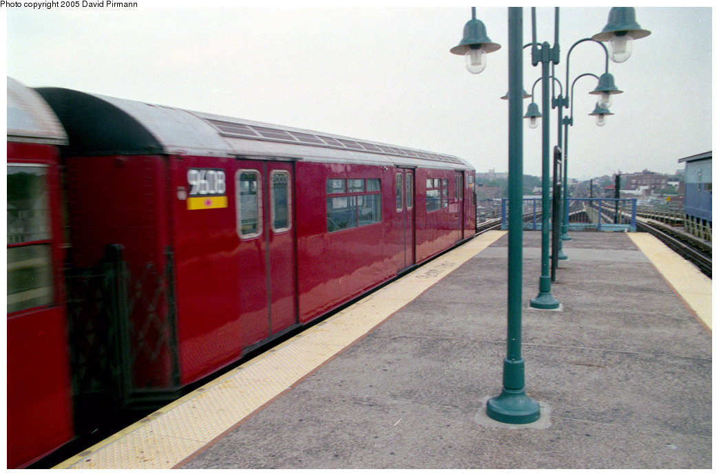 (178k, 1044x692)<br><b>Country:</b> United States<br><b>City:</b> New York<br><b>System:</b> New York City Transit<br><b>Line:</b> IRT Flushing Line<br><b>Location:</b> 61st Street/Woodside <br><b>Route:</b> 7<br><b>Car:</b> R-36 World's Fair (St. Louis, 1963-64) 9608 <br><b>Photo by:</b> David Pirmann<br><b>Date:</b> 7/29/1998<br><b>Viewed (this week/total):</b> 0 / 4005