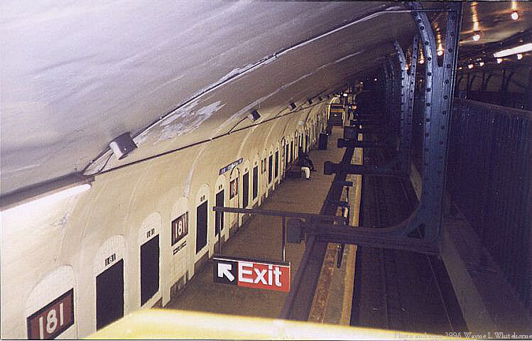 (63k, 749x480)<br><b>Country:</b> United States<br><b>City:</b> New York<br><b>System:</b> New York City Transit<br><b>Line:</b> IND 8th Avenue Line<br><b>Location:</b> 181st Street <br><b>Route:</b> A<br><b>Photo by:</b> Wayne Whitehorne<br><b>Date:</b> 1998<br><b>Viewed (this week/total):</b> 6 / 3306