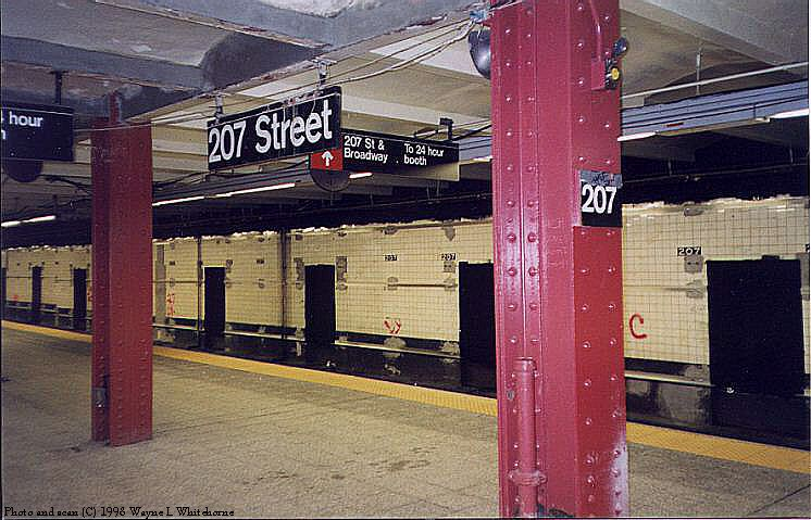 (81k, 746x479)<br><b>Country:</b> United States<br><b>City:</b> New York<br><b>System:</b> New York City Transit<br><b>Line:</b> IND 8th Avenue Line<br><b>Location:</b> 207th Street <br><b>Route:</b> A<br><b>Photo by:</b> Wayne Whitehorne<br><b>Date:</b> 12/19/1998<br><b>Notes:</b> 207th Street station under renovation<br><b>Viewed (this week/total):</b> 0 / 3214