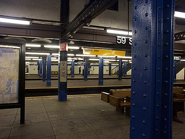 (138k, 640x480)<br><b>Country:</b> United States<br><b>City:</b> New York<br><b>System:</b> New York City Transit<br><b>Line:</b> IND 8th Avenue Line<br><b>Location:</b> 59th Street/Columbus Circle <br><b>Photo by:</b> Richard Brome<br><b>Date:</b> 3/18/1999<br><b>Viewed (this week/total):</b> 1 / 1905