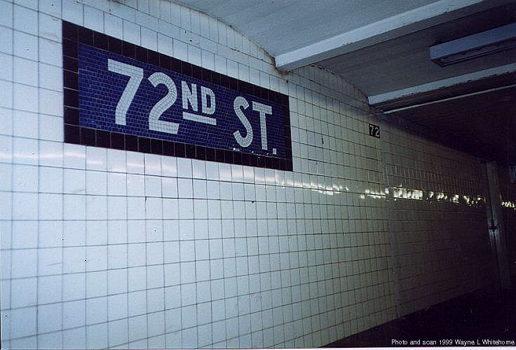 (65k, 736x499)<br><b>Country:</b> United States<br><b>City:</b> New York<br><b>System:</b> New York City Transit<br><b>Line:</b> IND 8th Avenue Line<br><b>Location:</b> 72nd Street <br><b>Photo by:</b> Wayne Whitehorne<br><b>Date:</b> 10/3/1999<br><b>Viewed (this week/total):</b> 10 / 2391