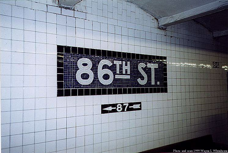 (76k, 746x499)<br><b>Country:</b> United States<br><b>City:</b> New York<br><b>System:</b> New York City Transit<br><b>Line:</b> IND 8th Avenue Line<br><b>Location:</b> 86th Street <br><b>Photo by:</b> Wayne Whitehorne<br><b>Date:</b> 2/11/1999<br><b>Viewed (this week/total):</b> 2 / 2600