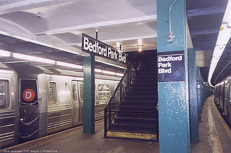 (77k, 743x491)<br><b>Country:</b> United States<br><b>City:</b> New York<br><b>System:</b> New York City Transit<br><b>Line:</b> IND Concourse Line<br><b>Location:</b> Bedford Park Boulevard <br><b>Photo by:</b> Wayne Whitehorne<br><b>Date:</b> 9/24/1999<br><b>Notes:</b> Mezzanine/exit<br><b>Viewed (this week/total):</b> 2 / 3191