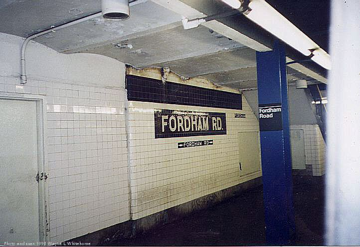 (65k, 722x495)<br><b>Country:</b> United States<br><b>City:</b> New York<br><b>System:</b> New York City Transit<br><b>Line:</b> IND Concourse Line<br><b>Location:</b> Fordham Road <br><b>Photo by:</b> Wayne Whitehorne<br><b>Date:</b> 4/28/1998<br><b>Viewed (this week/total):</b> 3 / 2835