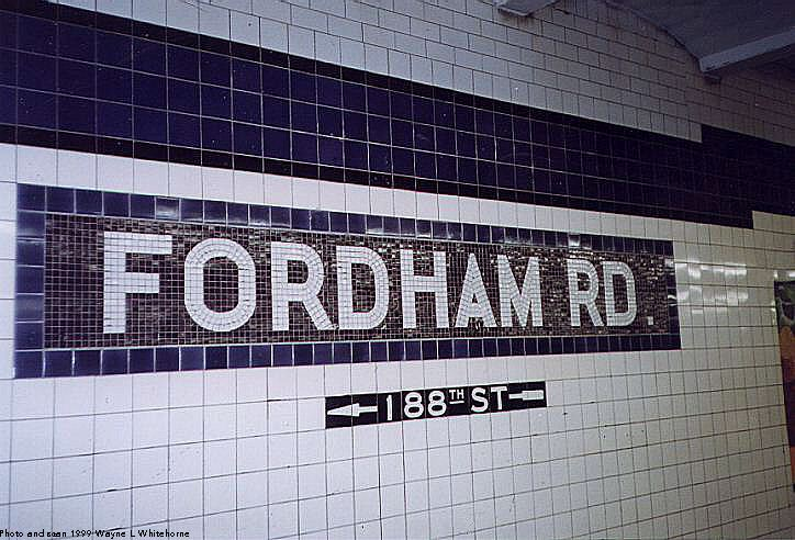 (83k, 724x492)<br><b>Country:</b> United States<br><b>City:</b> New York<br><b>System:</b> New York City Transit<br><b>Line:</b> IND Concourse Line<br><b>Location:</b> Fordham Road <br><b>Photo by:</b> Wayne Whitehorne<br><b>Date:</b> 9/24/1999<br><b>Viewed (this week/total):</b> 0 / 2496