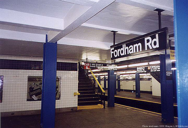 (68k, 720x491)<br><b>Country:</b> United States<br><b>City:</b> New York<br><b>System:</b> New York City Transit<br><b>Line:</b> IND Concourse Line<br><b>Location:</b> Fordham Road <br><b>Photo by:</b> Wayne Whitehorne<br><b>Date:</b> 9/24/1999<br><b>Viewed (this week/total):</b> 1 / 3466