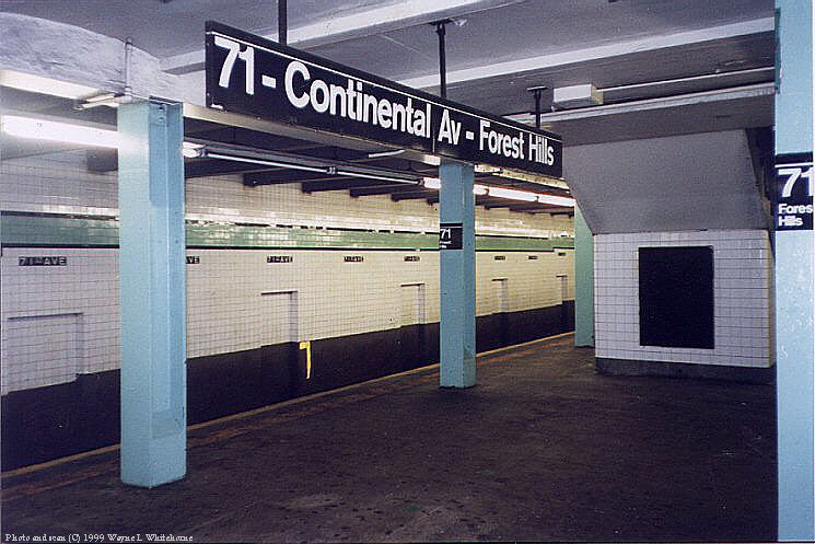 (87k, 745x497)<br><b>Country:</b> United States<br><b>City:</b> New York<br><b>System:</b> New York City Transit<br><b>Line:</b> IND Queens Boulevard Line<br><b>Location:</b> 71st/Continental Aves./Forest Hills <br><b>Photo by:</b> Wayne Whitehorne<br><b>Date:</b> 1/9/1999<br><b>Notes:</b> Westbound local track<br><b>Viewed (this week/total):</b> 0 / 3398