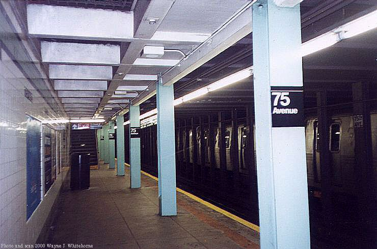 (68k, 740x489)<br><b>Country:</b> United States<br><b>City:</b> New York<br><b>System:</b> New York City Transit<br><b>Line:</b> IND Queens Boulevard Line<br><b>Location:</b> 75th Avenue <br><b>Photo by:</b> Wayne Whitehorne<br><b>Date:</b> 1/8/2000<br><b>Viewed (this week/total):</b> 5 / 4774