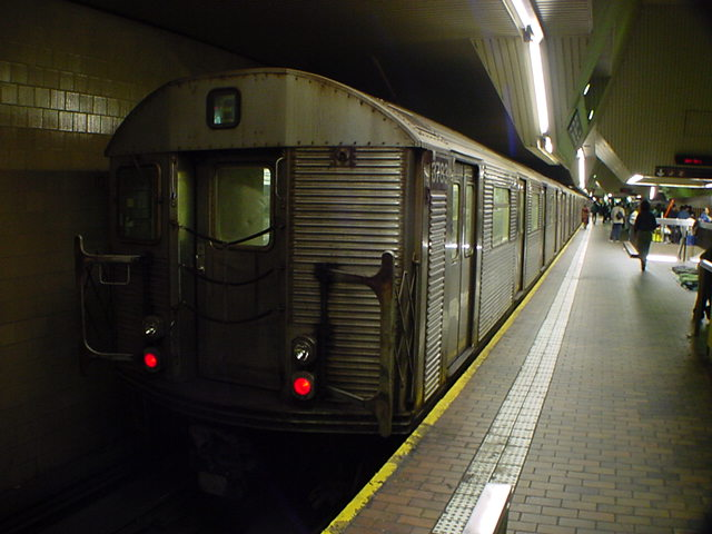 (59k, 640x480)<br><b>Country:</b> United States<br><b>City:</b> New York<br><b>System:</b> New York City Transit<br><b>Line:</b> IND Queens Boulevard Line<br><b>Location:</b> Jamaica Center/Parsons-Archer <br><b>Car:</b> R-32 (Budd, 1964)  3783 <br><b>Photo by:</b> Salaam Allah<br><b>Date:</b> 10/27/2000<br><b>Viewed (this week/total):</b> 1 / 7132