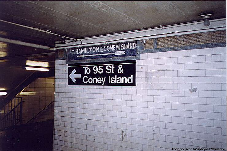 (72k, 739x491)<br><b>Country:</b> United States<br><b>City:</b> New York<br><b>System:</b> New York City Transit<br><b>Line:</b> BMT 4th Avenue<br><b>Location:</b> 53rd Street <br><b>Photo by:</b> Wayne Whitehorne<br><b>Date:</b> 1/15/2000<br><b>Notes:</b> Sign in mezzanine<br><b>Viewed (this week/total):</b> 2 / 2886