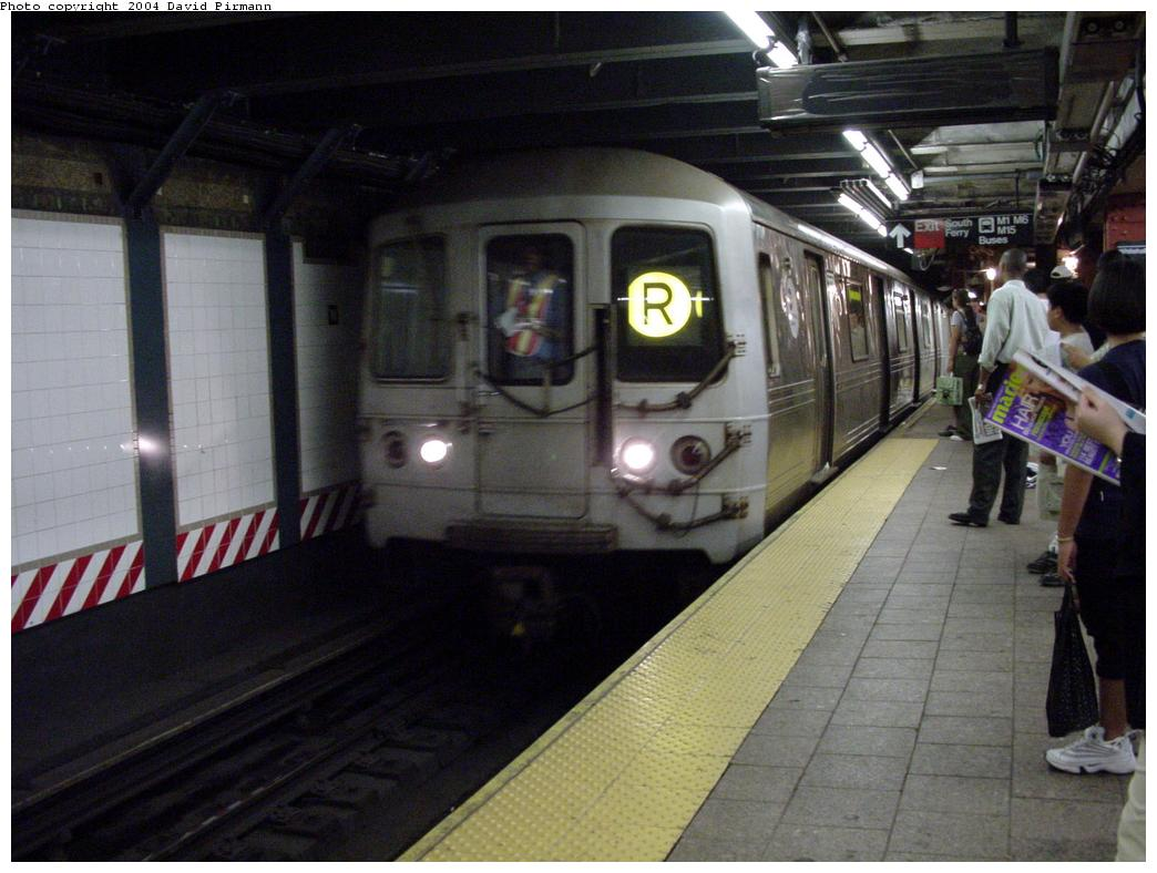 (116k, 1044x788)<br><b>Country:</b> United States<br><b>City:</b> New York<br><b>System:</b> New York City Transit<br><b>Line:</b> BMT Broadway Line<br><b>Location:</b> Whitehall Street <br><b>Route:</b> R<br><b>Car:</b> R-46 (Pullman-Standard, 1974-75)  <br><b>Photo by:</b> David Pirmann<br><b>Date:</b> 7/3/2000<br><b>Viewed (this week/total):</b> 1 / 5205