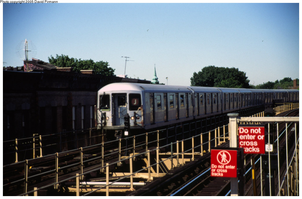 (169k, 1044x688)<br><b>Country:</b> United States<br><b>City:</b> New York<br><b>System:</b> New York City Transit<br><b>Line:</b> BMT Nassau Street/Jamaica Line<br><b>Location:</b> Cypress Hills <br><b>Route:</b> J<br><b>Car:</b> R-42 (St. Louis, 1969-1970)   <br><b>Photo by:</b> David Pirmann<br><b>Date:</b> 8/1/1998<br><b>Viewed (this week/total):</b> 0 / 3368
