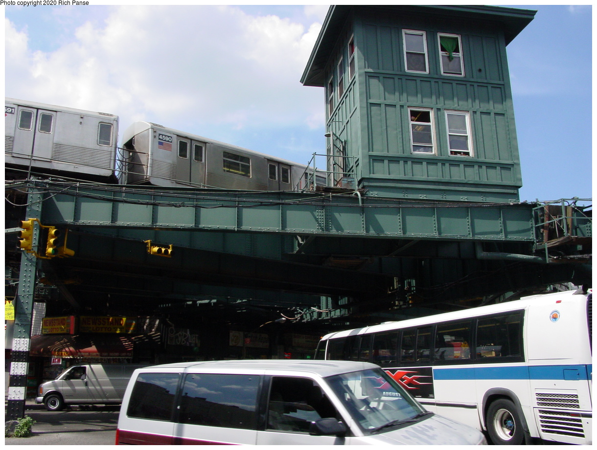 (77k, 820x620)<br><b>Country:</b> United States<br><b>City:</b> New York<br><b>System:</b> New York City Transit<br><b>Line:</b> BMT Myrtle Avenue Line<br><b>Location:</b> Wyckoff Avenue <br><b>Photo by:</b> Richard Panse<br><b>Date:</b> 7/30/2002<br><b>Notes:</b> View of Wyckoff Tower<br><b>Viewed (this week/total):</b> 3 / 4260
