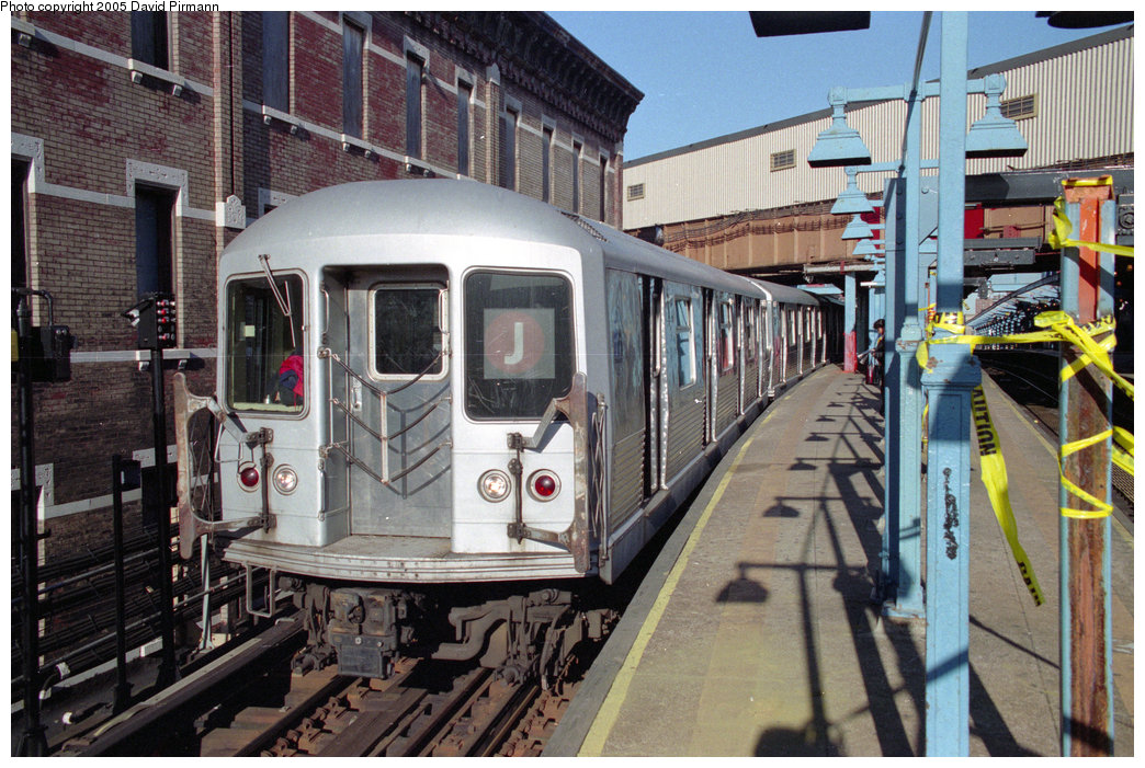 (276k, 1044x701)<br><b>Country:</b> United States<br><b>City:</b> New York<br><b>System:</b> New York City Transit<br><b>Line:</b> BMT Nassau Street/Jamaica Line<br><b>Location:</b> Myrtle Avenue <br><b>Route:</b> J<br><b>Car:</b> R-42 (St. Louis, 1969-1970)   <br><b>Photo by:</b> David Pirmann<br><b>Date:</b> 10/11/1996<br><b>Viewed (this week/total):</b> 4 / 4354