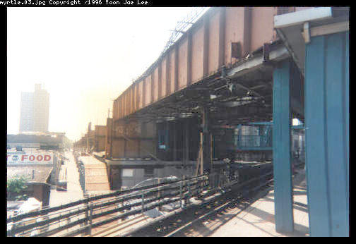 (31k, 504x346)<br><b>Country:</b> United States<br><b>City:</b> New York<br><b>System:</b> New York City Transit<br><b>Line:</b> BMT Myrtle Avenue Line<br><b>Location:</b> Broadway/Myrtle Avenue (Upper Level) <br><b>Photo by:</b> Yoon Jae Lee<br><b>Notes:</b> View south of the Myrtle Ave station, showing the remmants of the abandonded structure west of Broadway<br><b>Viewed (this week/total):</b> 1 / 6835