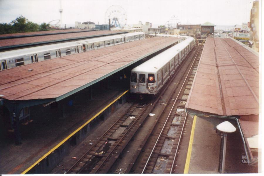 (71k, 900x600)<br><b>Country:</b> United States<br><b>City:</b> New York<br><b>System:</b> New York City Transit<br><b>Location:</b> Coney Island/Stillwell Avenue<br><b>Photo by:</b> Tony Mirabella<br><b>Date:</b> 2000<br><b>Viewed (this week/total):</b> 1 / 2132