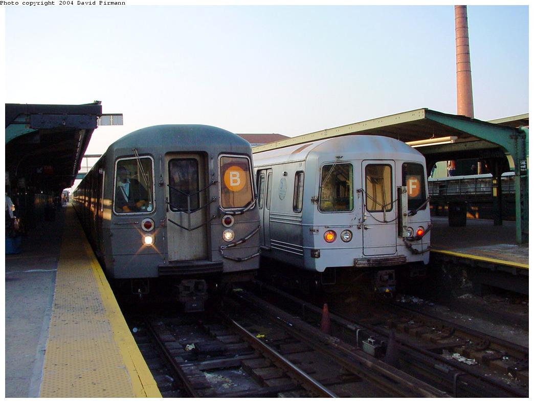 (102k, 1044x788)<br><b>Country:</b> United States<br><b>City:</b> New York<br><b>System:</b> New York City Transit<br><b>Location:</b> Coney Island/Stillwell Avenue<br><b>Route:</b> B<br><b>Car:</b> R-68/R-68A Series (Number Unknown)  <br><b>Photo by:</b> David Pirmann<br><b>Date:</b> 5/17/2000<br><b>Viewed (this week/total):</b> 1 / 4651
