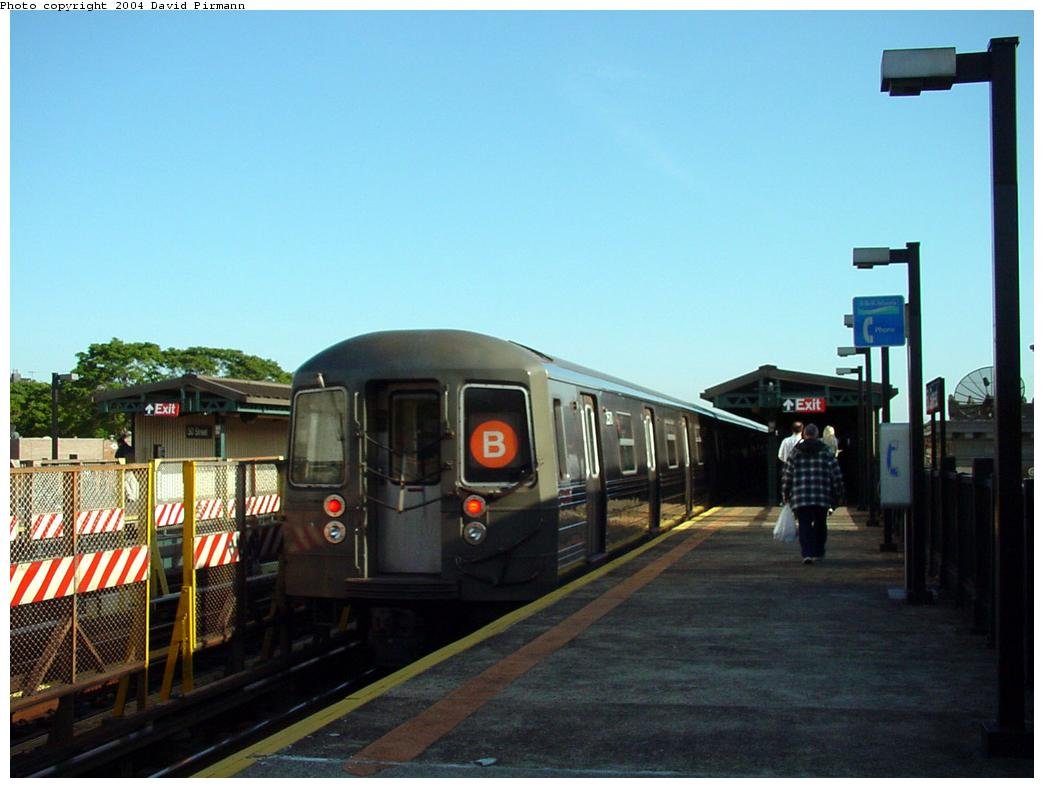(100k, 1044x788)<br><b>Country:</b> United States<br><b>City:</b> New York<br><b>System:</b> New York City Transit<br><b>Line:</b> BMT West End Line<br><b>Location:</b> 50th Street <br><b>Car:</b> R-68 (Westinghouse-Amrail, 1986-1988)  25xx <br><b>Photo by:</b> David Pirmann<br><b>Date:</b> 5/31/2000<br><b>Viewed (this week/total):</b> 3 / 3823