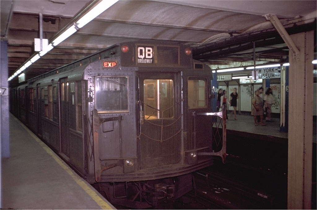 (189k, 1024x680)<br><b>Country:</b> United States<br><b>City:</b> New York<br><b>System:</b> New York City Transit<br><b>Line:</b> BMT Broadway Line<br><b>Location:</b> 57th Street <br><b>Route:</b> QB<br><b>Car:</b> R-1 (American Car & Foundry, 1930-1931) 100 <br><b>Collection of:</b> Joe Testagrose<br><b>Date:</b> 8/7/1973<br><b>Viewed (this week/total):</b> 3 / 4038
