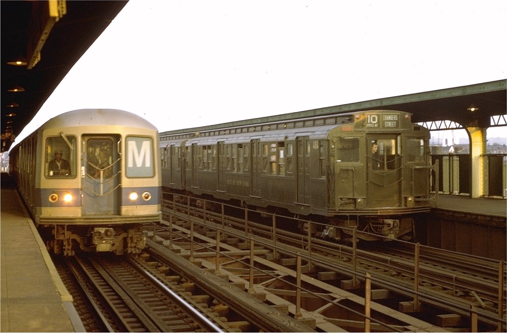 (161k, 1024x672)<br><b>Country:</b> United States<br><b>City:</b> New York<br><b>System:</b> New York City Transit<br><b>Line:</b> BMT Myrtle Avenue Line<br><b>Location:</b> Central Avenue <br><b>Route:</b> Fan Trip<br><b>Car:</b> R-4 (American Car & Foundry, 1932-1933) 484 <br><b>Photo by:</b> Joe Testagrose<br><b>Date:</b> 10/30/1971<br><b>Viewed (this week/total):</b> 1 / 3610