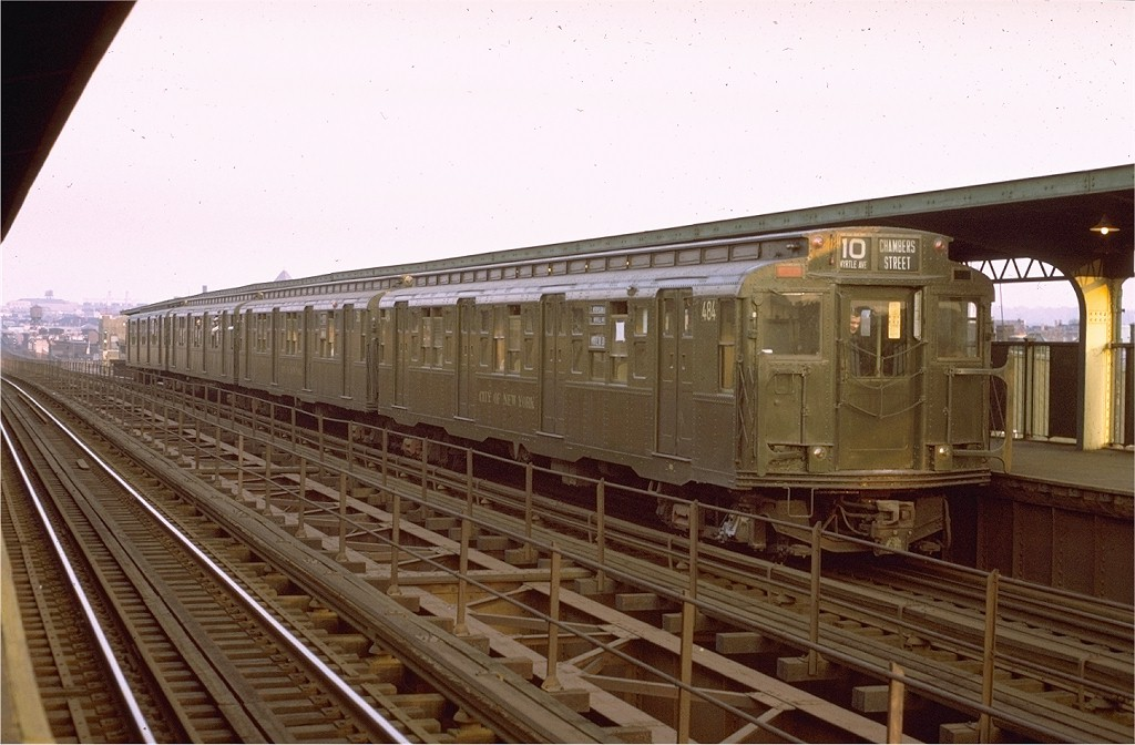 (178k, 1024x672)<br><b>Country:</b> United States<br><b>City:</b> New York<br><b>System:</b> New York City Transit<br><b>Line:</b> BMT Myrtle Avenue Line<br><b>Location:</b> Central Avenue <br><b>Route:</b> Fan Trip<br><b>Car:</b> R-4 (American Car & Foundry, 1932-1933) 484 <br><b>Photo by:</b> Joe Testagrose<br><b>Date:</b> 10/30/1971<br><b>Viewed (this week/total):</b> 3 / 2688