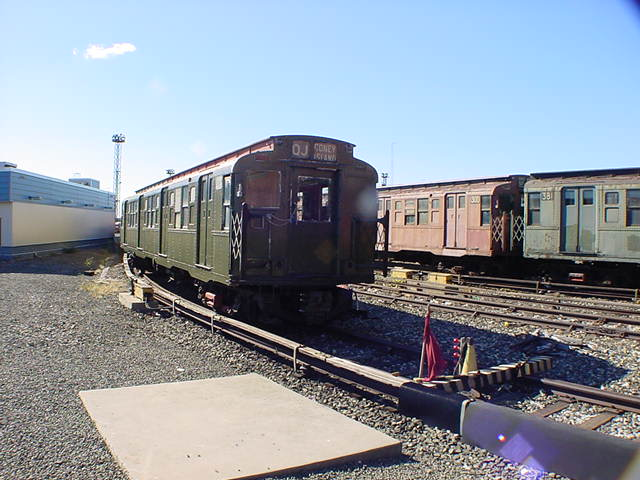 (60k, 640x480)<br><b>Country:</b> United States<br><b>City:</b> New York<br><b>System:</b> New York City Transit<br><b>Location:</b> Coney Island Yard-Museum Yard<br><b>Car:</b> R-4 (American Car & Foundry, 1932-1933) 491 (ex-401)<br><b>Photo by:</b> Salaam Allah<br><b>Date:</b> 10/29/2000<br><b>Viewed (this week/total):</b> 0 / 2703