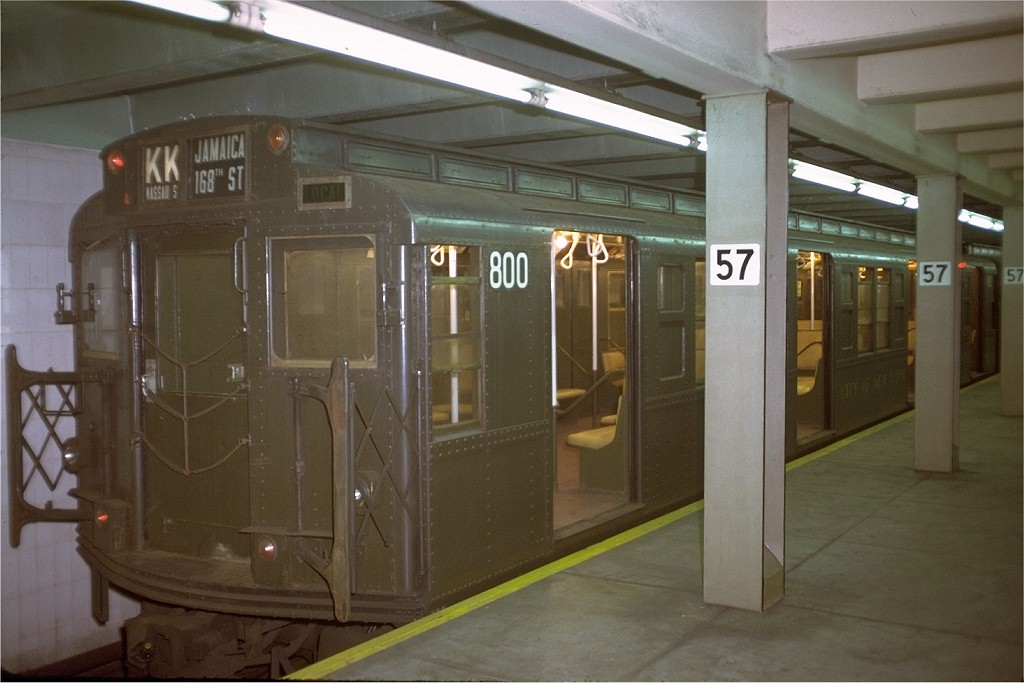 (152k, 1024x683)<br><b>Country:</b> United States<br><b>City:</b> New York<br><b>System:</b> New York City Transit<br><b>Line:</b> IND 6th Avenue Line<br><b>Location:</b> 57th Street <br><b>Route:</b> KK<br><b>Car:</b> R-4 (American Car & Foundry, 1932-1933) 800 <br><b>Photo by:</b> Doug Grotjahn<br><b>Collection of:</b> Joe Testagrose<br><b>Date:</b> 8/9/1972<br><b>Viewed (this week/total):</b> 9 / 3473