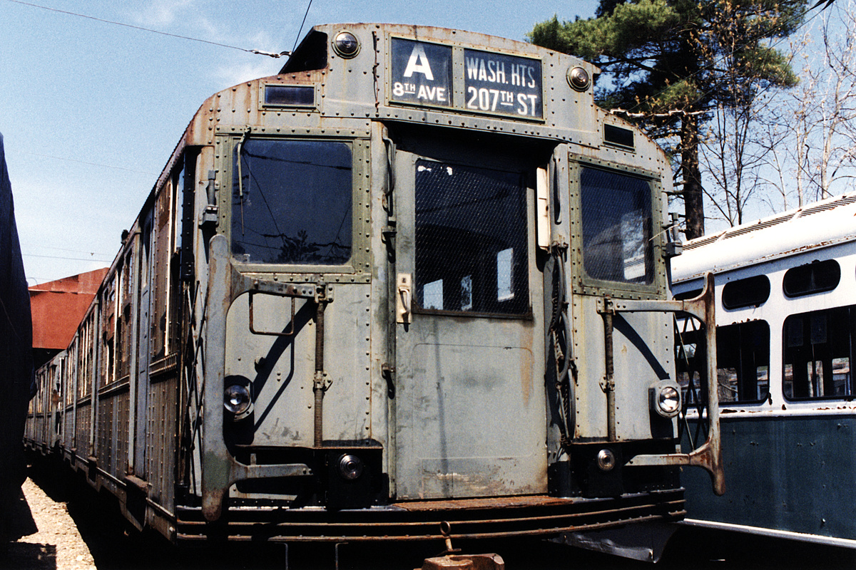 (541k, 1044x709)<br><b>Country:</b> United States<br><b>City:</b> Kennebunk, ME<br><b>System:</b> Seashore Trolley Museum <br><b>Car:</b> R-4 (American Car & Foundry, 1932-1933) 800 <br><b>Photo by:</b> Todd Glickman<br><b>Date:</b> 1998<br><b>Viewed (this week/total):</b> 1 / 5609