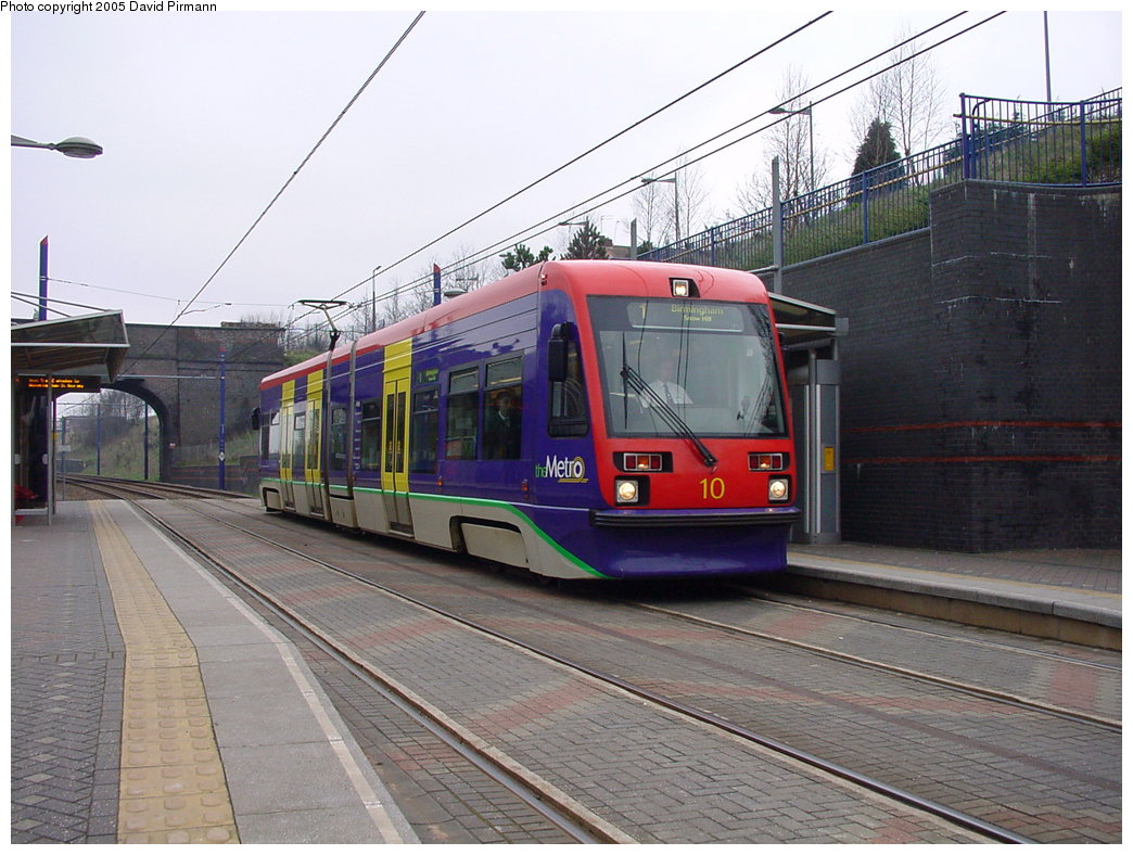 (186k, 1044x788)<br><b>Country:</b> United Kingdom<br><b>City:</b> Birmingham <br><b>System:</b> Midland Metro<br><b>Location:</b> The Hawthorns <br><b>Car:</b>  10 <br><b>Photo by:</b> David Pirmann<br><b>Date:</b> 3/29/2001<br><b>Viewed (this week/total):</b> 1 / 1288
