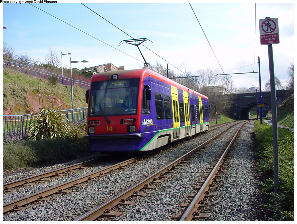 (249k, 1044x788)<br><b>Country:</b> United Kingdom<br><b>City:</b> Birmingham <br><b>System:</b> Midland Metro<br><b>Location:</b> Lodge Road/West Bromwich Town Hall <br><b>Car:</b>  14 <br><b>Photo by:</b> David Pirmann<br><b>Date:</b> 3/29/2001<br><b>Viewed (this week/total):</b> 3 / 1665