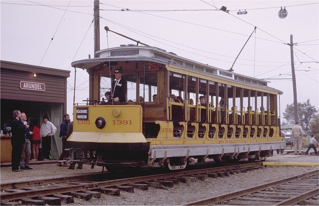 (216k, 1024x663)<br><b>Country:</b> United States<br><b>City:</b> Kennebunk, ME<br><b>System:</b> Seashore Trolley Museum <br><b>Car:</b> Connecticut Company 1391 <br><b>Photo by:</b> Joe Testagrose<br><b>Date:</b> 10/11/1970<br><b>Viewed (this week/total):</b> 0 / 1029