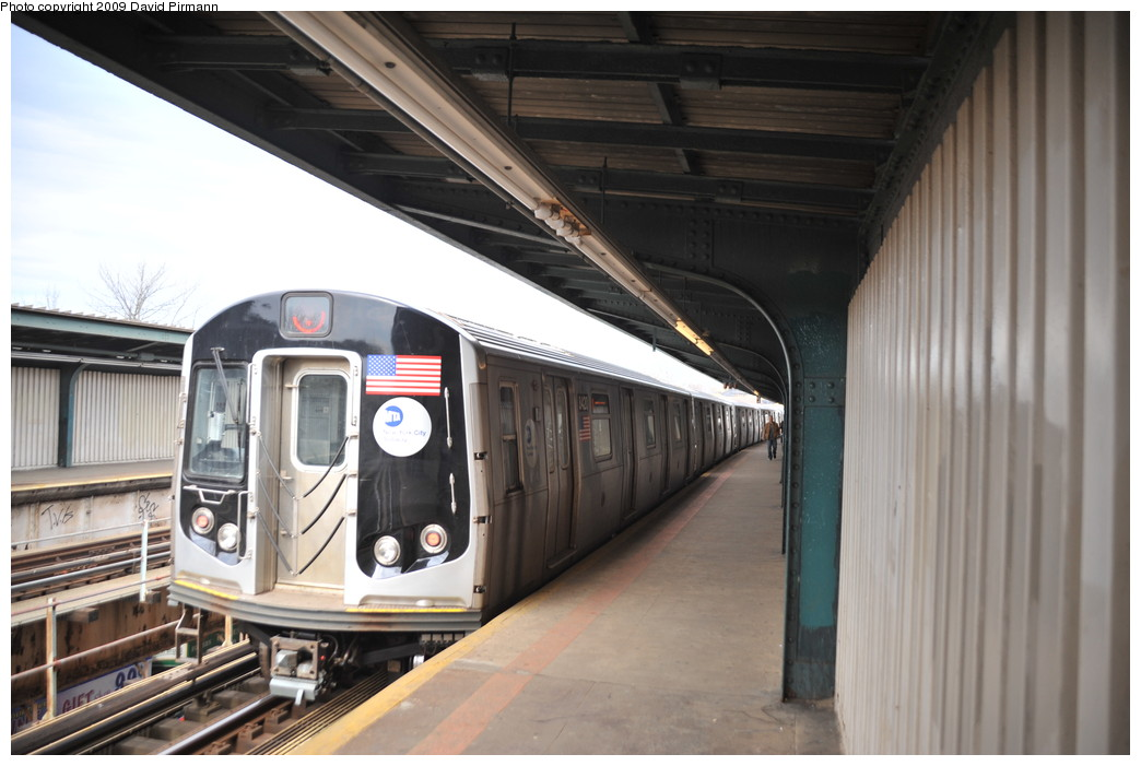 (225k, 1044x701)<br><b>Country:</b> United States<br><b>City:</b> New York<br><b>System:</b> New York City Transit<br><b>Line:</b> BMT Nassau Street/Jamaica Line<br><b>Location:</b> Woodhaven Boulevard <br><b>Route:</b> J<br><b>Car:</b> R-160A-1 (Alstom, 2005-2008, 4 car sets)  8420 <br><b>Photo by:</b> David Pirmann<br><b>Date:</b> 4/10/2009<br><b>Viewed (this week/total):</b> 9 / 748