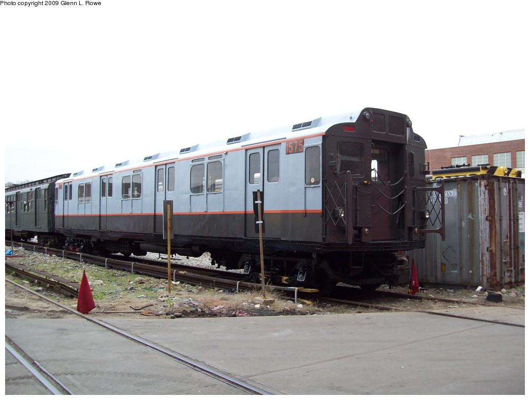 (165k, 1044x788)<br><b>Country:</b> United States<br><b>City:</b> New York<br><b>System:</b> New York City Transit<br><b>Location:</b> 207th Street Yard<br><b>Car:</b> R-7A (Pullman, 1938)  1575 <br><b>Photo by:</b> Glenn L. Rowe<br><b>Date:</b> 4/14/2009<br><b>Viewed (this week/total):</b> 1 / 1020