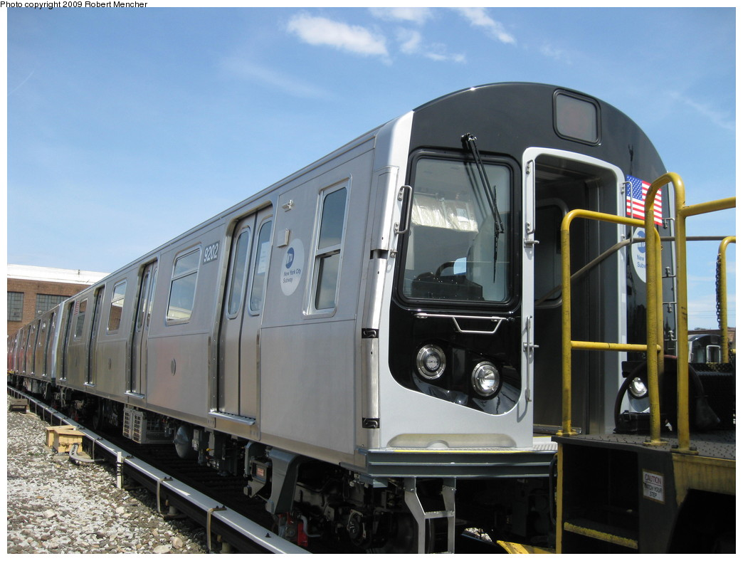 (197k, 1044x788)<br><b>Country:</b> United States<br><b>City:</b> New York<br><b>System:</b> New York City Transit<br><b>Location:</b> 207th Street Yard<br><b>Car:</b> R-160B (Option 1) (Kawasaki, 2008-2009)  9202 <br><b>Photo by:</b> Robert Mencher<br><b>Date:</b> 4/18/2009<br><b>Viewed (this week/total):</b> 0 / 1214