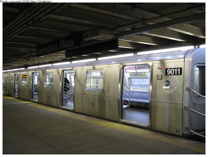 (124k, 820x620)<br><b>Country:</b> United States<br><b>City:</b> New York<br><b>System:</b> New York City Transit<br><b>Line:</b> BMT Astoria Line<br><b>Location:</b> Queensborough Plaza <br><b>Route:</b> W<br><b>Car:</b> R-160B (Option 1) (Kawasaki, 2008-2009)  9011 <br><b>Photo by:</b> Gary Chatterton<br><b>Date:</b> 3/14/2009<br><b>Viewed (this week/total):</b> 0 / 1274