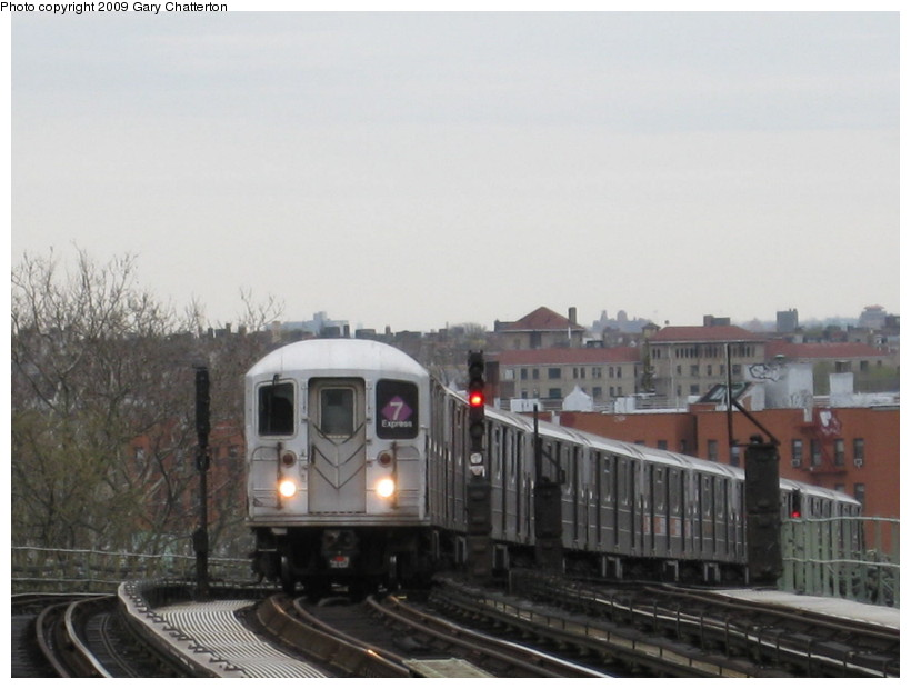 (101k, 820x620)<br><b>Country:</b> United States<br><b>City:</b> New York<br><b>System:</b> New York City Transit<br><b>Line:</b> IRT Flushing Line<br><b>Location:</b> 52nd Street/Lincoln Avenue <br><b>Route:</b> 7<br><b>Car:</b> R-62A (Bombardier, 1984-1987)  1790 <br><b>Photo by:</b> Gary Chatterton<br><b>Date:</b> 4/15/2009<br><b>Viewed (this week/total):</b> 0 / 525