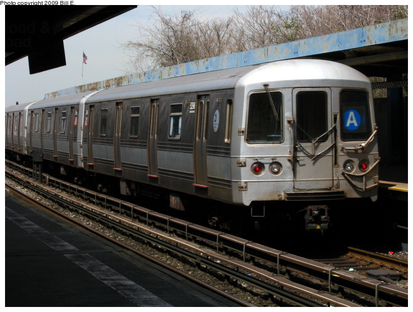 (145k, 820x620)<br><b>Country:</b> United States<br><b>City:</b> New York<br><b>System:</b> New York City Transit<br><b>Line:</b> IND Rockaway<br><b>Location:</b> Broad Channel <br><b>Route:</b> A<br><b>Car:</b> R-44 (St. Louis, 1971-73) 5298 <br><b>Photo by:</b> Bill E.<br><b>Date:</b> 4/17/2009<br><b>Viewed (this week/total):</b> 4 / 541