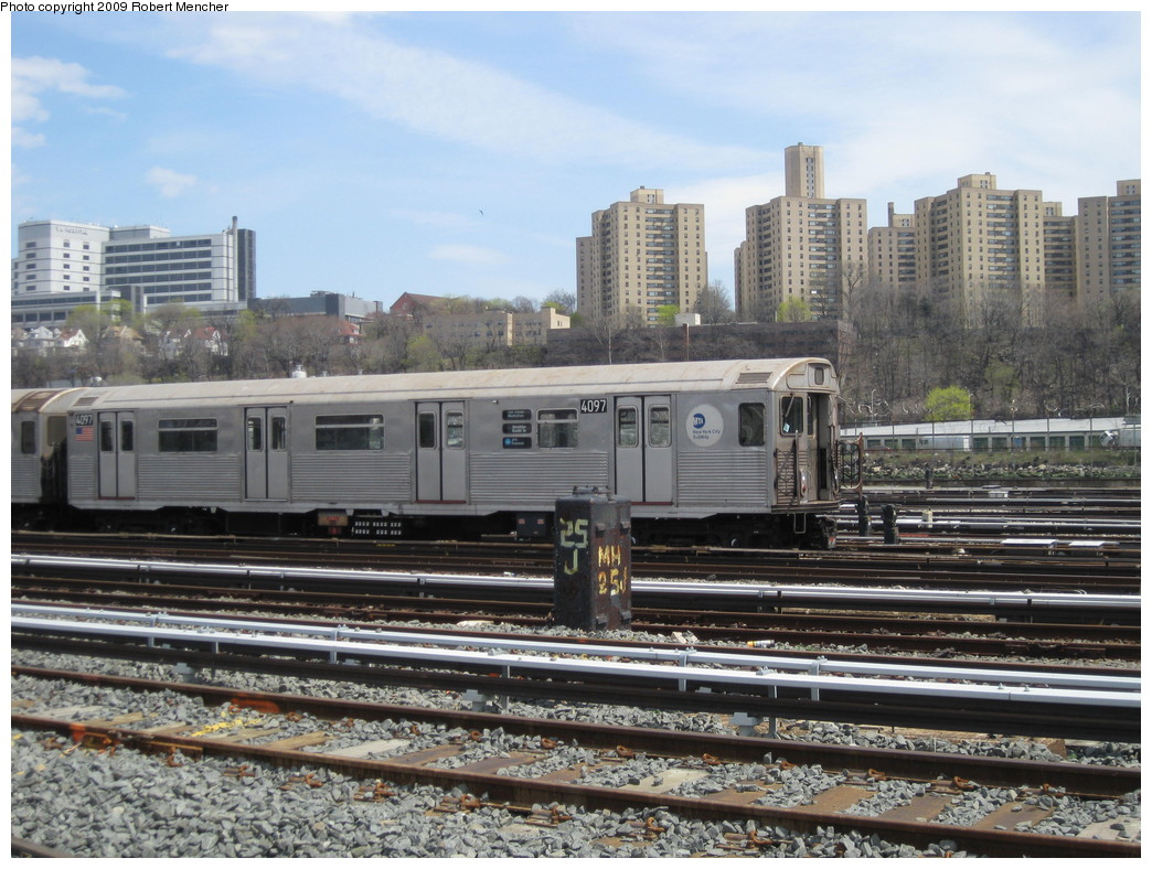 (253k, 1044x788)<br><b>Country:</b> United States<br><b>City:</b> New York<br><b>System:</b> New York City Transit<br><b>Location:</b> 207th Street Yard<br><b>Car:</b> R-38 (St. Louis, 1966-1967)  4097 <br><b>Photo by:</b> Robert Mencher<br><b>Date:</b> 4/18/2009<br><b>Viewed (this week/total):</b> 2 / 760