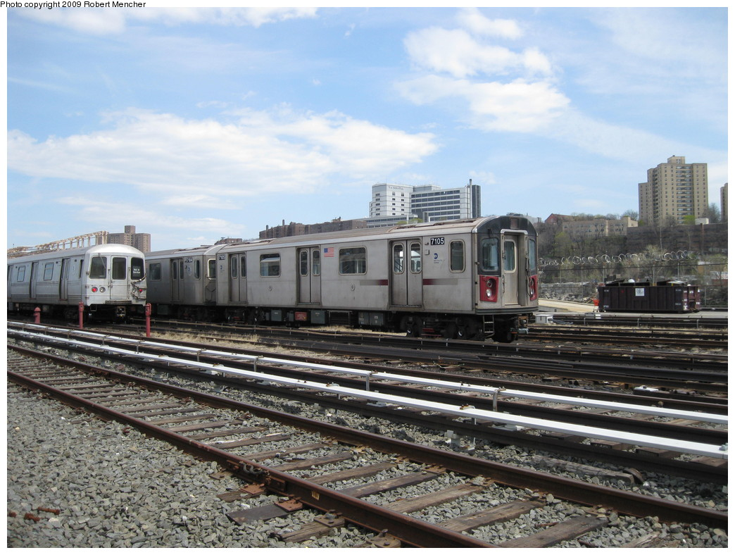(249k, 1044x788)<br><b>Country:</b> United States<br><b>City:</b> New York<br><b>System:</b> New York City Transit<br><b>Location:</b> 207th Street Yard<br><b>Car:</b> R-142 (Option Order, Bombardier, 2002-2003)  7105 <br><b>Photo by:</b> Robert Mencher<br><b>Date:</b> 4/18/2009<br><b>Viewed (this week/total):</b> 0 / 767