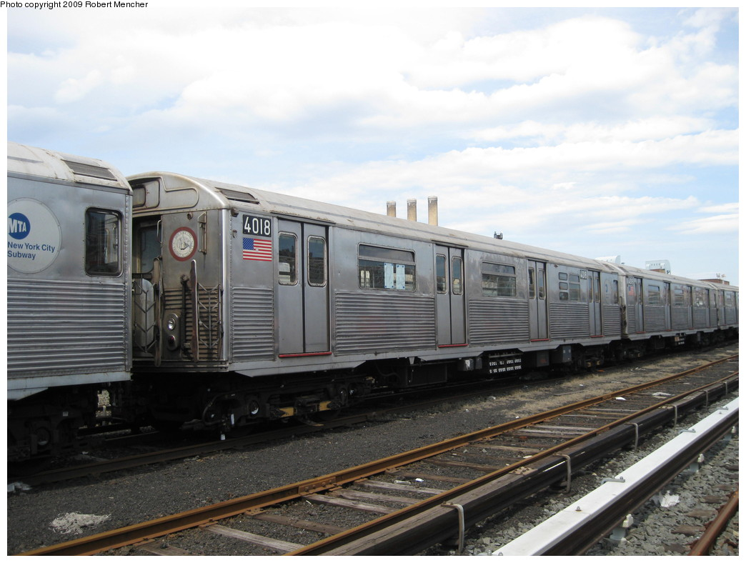 (199k, 1044x788)<br><b>Country:</b> United States<br><b>City:</b> New York<br><b>System:</b> New York City Transit<br><b>Location:</b> 207th Street Yard<br><b>Car:</b> R-38 (St. Louis, 1966-1967)  4018 <br><b>Photo by:</b> Robert Mencher<br><b>Date:</b> 4/18/2009<br><b>Viewed (this week/total):</b> 1 / 387