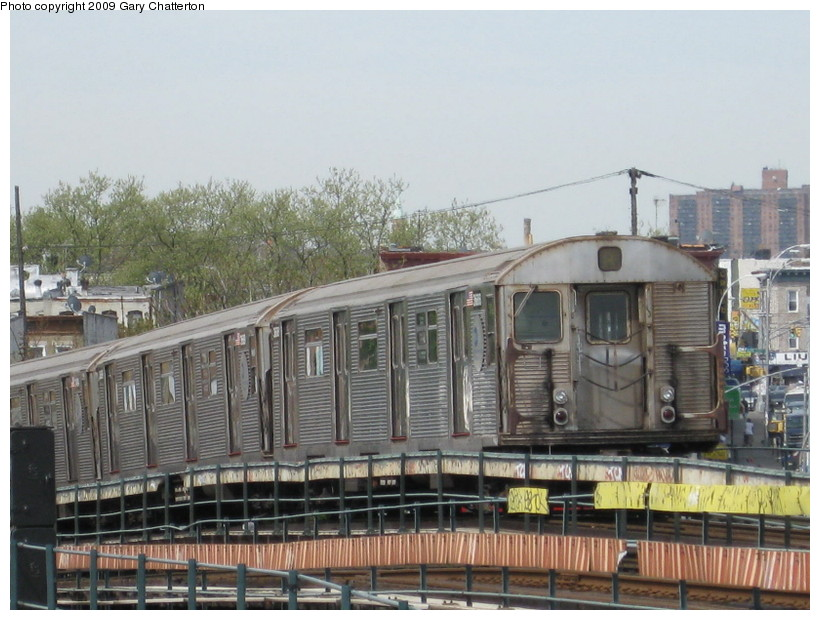 (144k, 820x620)<br><b>Country:</b> United States<br><b>City:</b> New York<br><b>System:</b> New York City Transit<br><b>Line:</b> IND Fulton Street Line<br><b>Location:</b> 80th Street/Hudson Street <br><b>Route:</b> A<br><b>Car:</b> R-32 (Budd, 1964)  3688 <br><b>Photo by:</b> Gary Chatterton<br><b>Date:</b> 4/29/2009<br><b>Viewed (this week/total):</b> 1 / 1018