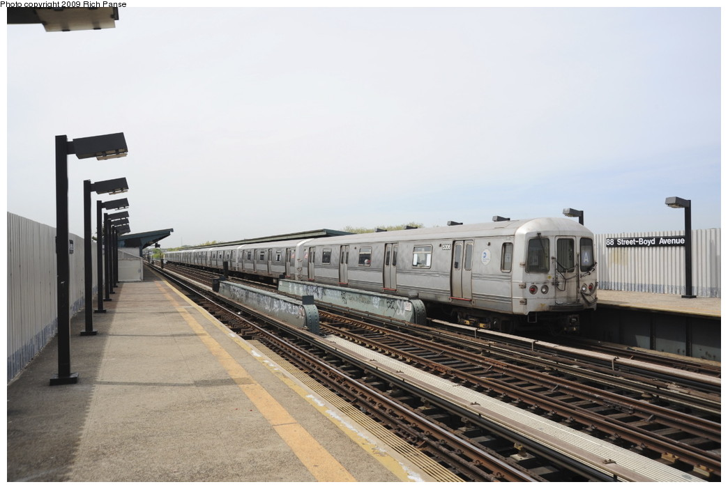 (157k, 1044x702)<br><b>Country:</b> United States<br><b>City:</b> New York<br><b>System:</b> New York City Transit<br><b>Line:</b> IND Fulton Street Line<br><b>Location:</b> 80th Street/Hudson Street <br><b>Route:</b> A<br><b>Car:</b> R-44 (St. Louis, 1971-73) 5306 <br><b>Photo by:</b> Richard Panse<br><b>Date:</b> 4/29/2009<br><b>Viewed (this week/total):</b> 2 / 614
