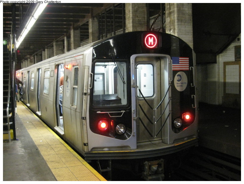 (132k, 820x620)<br><b>Country:</b> United States<br><b>City:</b> New York<br><b>System:</b> New York City Transit<br><b>Line:</b> BMT Nassau Street/Jamaica Line<br><b>Location:</b> Chambers Street <br><b>Route:</b> M<br><b>Car:</b> R-160A-1 (Alstom, 2005-2008, 4 car sets)  8616 <br><b>Photo by:</b> Gary Chatterton<br><b>Date:</b> 4/24/2009<br><b>Viewed (this week/total):</b> 3 / 1672