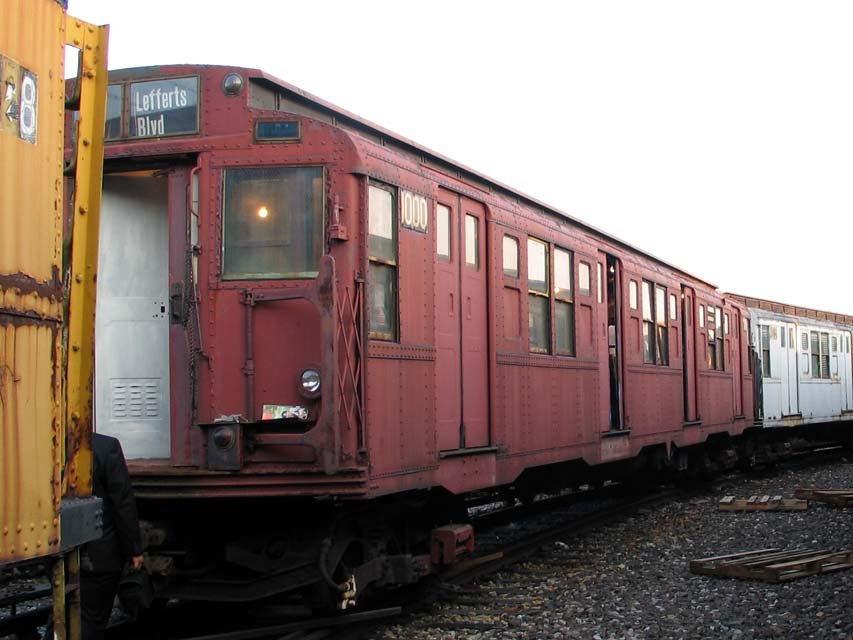 (83k, 853x640)<br><b>Country:</b> United States<br><b>City:</b> New York<br><b>System:</b> New York City Transit<br><b>Location:</b> Coney Island Yard-Museum Yard<br><b>Car:</b> R-6-3 (American Car & Foundry, 1935)  1000 <br><b>Photo by:</b> Michael Pompili<br><b>Date:</b> 6/29/2004<br><b>Viewed (this week/total):</b> 1 / 949