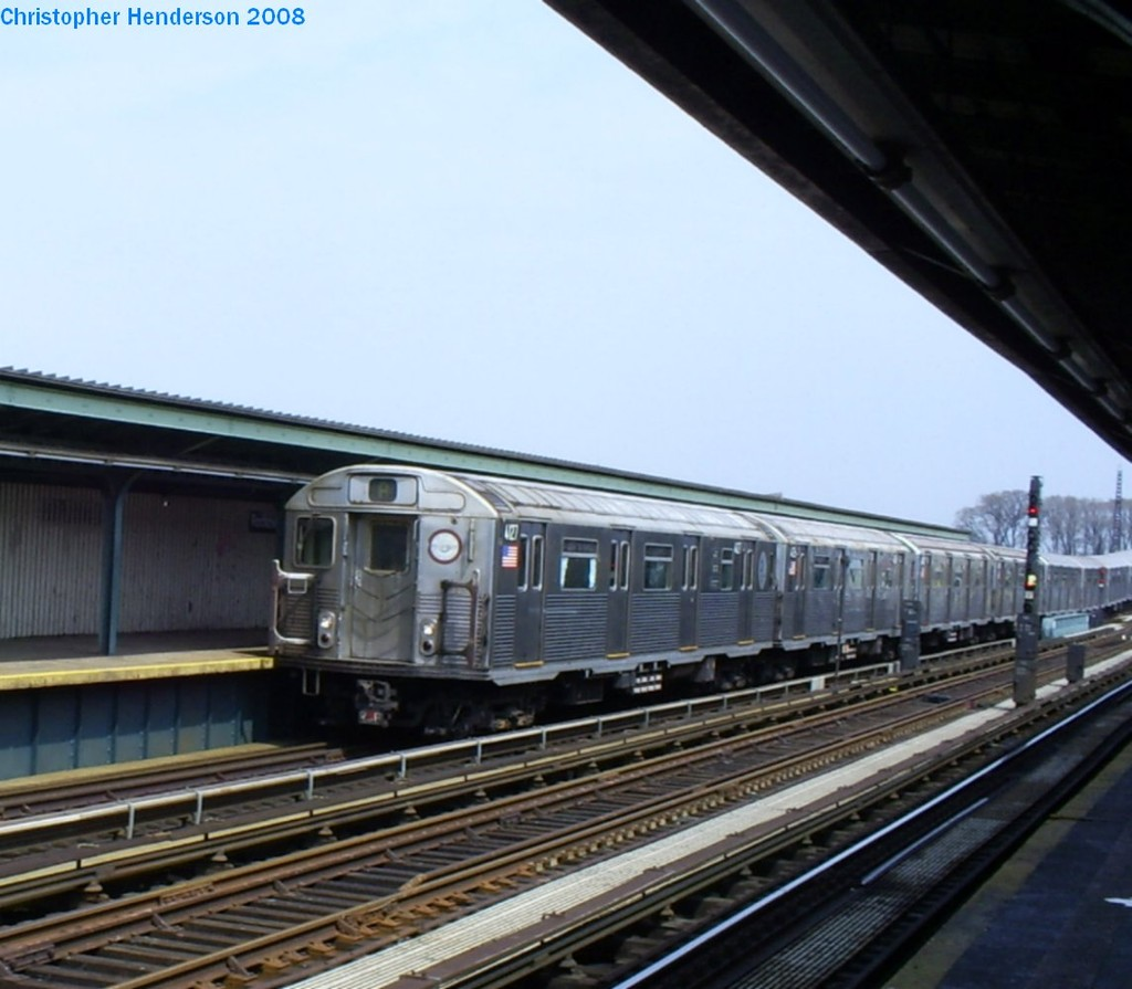 (159k, 1024x895)<br><b>Country:</b> United States<br><b>City:</b> New York<br><b>System:</b> New York City Transit<br><b>Line:</b> IND Fulton Street Line<br><b>Location:</b> Rockaway Boulevard <br><b>Route:</b> A<br><b>Car:</b> R-38 (St. Louis, 1966-1967)  4127 <br><b>Photo by:</b> Christopher Henderson<br><b>Date:</b> 4/12/2008<br><b>Viewed (this week/total):</b> 0 / 567
